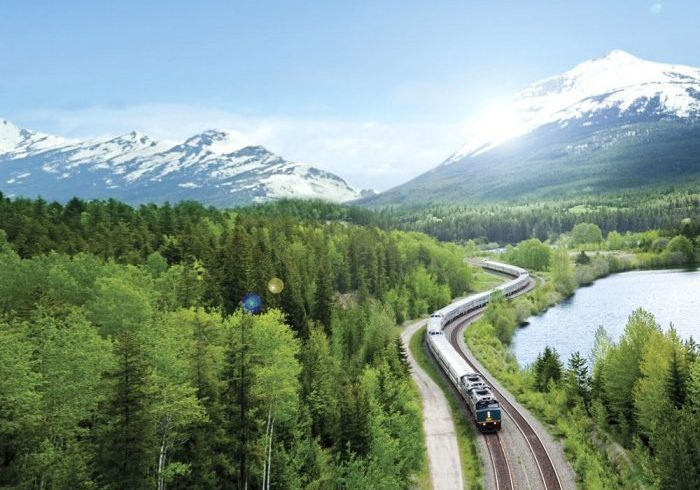 Itineraries and sightseeing by rail